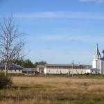 Монастырь напротив Гороховца